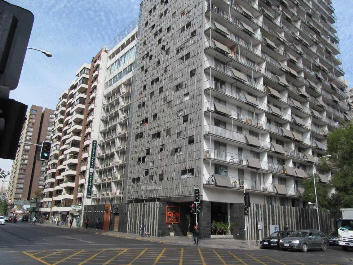 Oficina en venta Santiago, Portugal / Santa Victoria